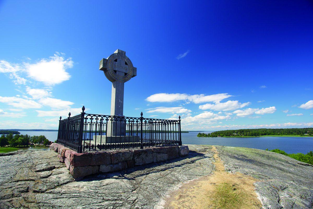 La cruz de Angsgar en la vikinga Birka Foto: Claes Helander