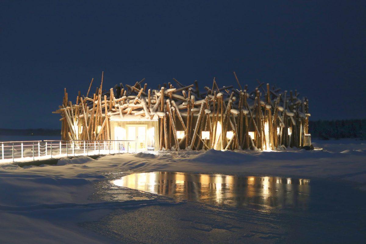 Arctic Bath el hotel flotante de Laponia