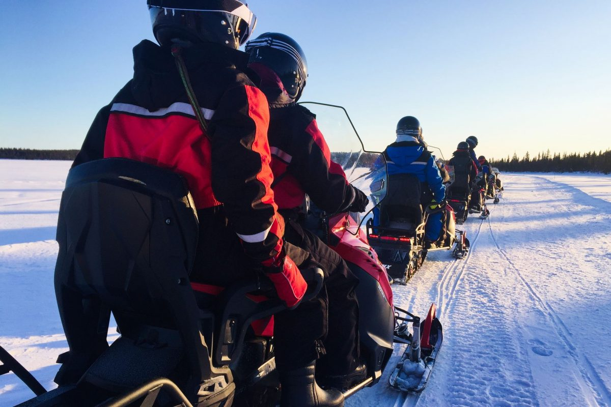 Snowmobile tour in Lapland, Sweden <br> Photo: Israel Úbeda / sweetsweden.com