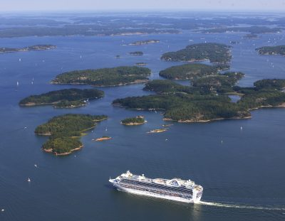 How to Travel Between Stockholm's Cruise Ports and the City Center