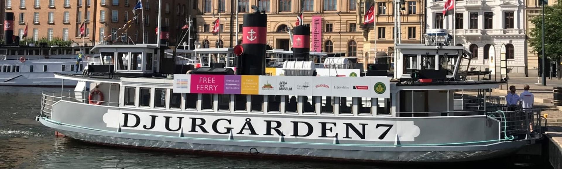 En julio barco gratis a la isla de Djurgården en Estocolmo