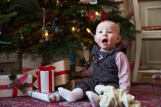 Bebé en Navidad en Suecia - Foto: Carolina Romare / imagebank.sweden.se