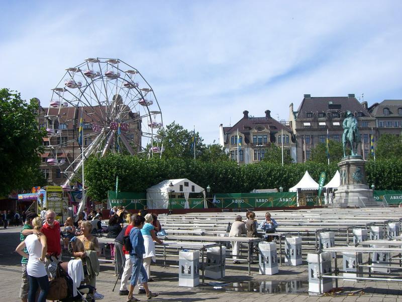 La plaza Gustav Adolfs torg en Malmö en agosto de 2008 <br> Foto: Israel Úbeda / sweetsweden.com