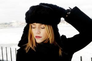 Jennie Löfgren en un día de frío y nieve