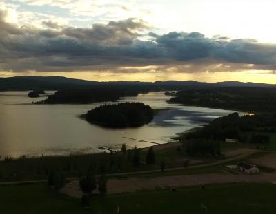 Wirf einen Blick auf die wunderschöne schwedische Natur in diesem Video