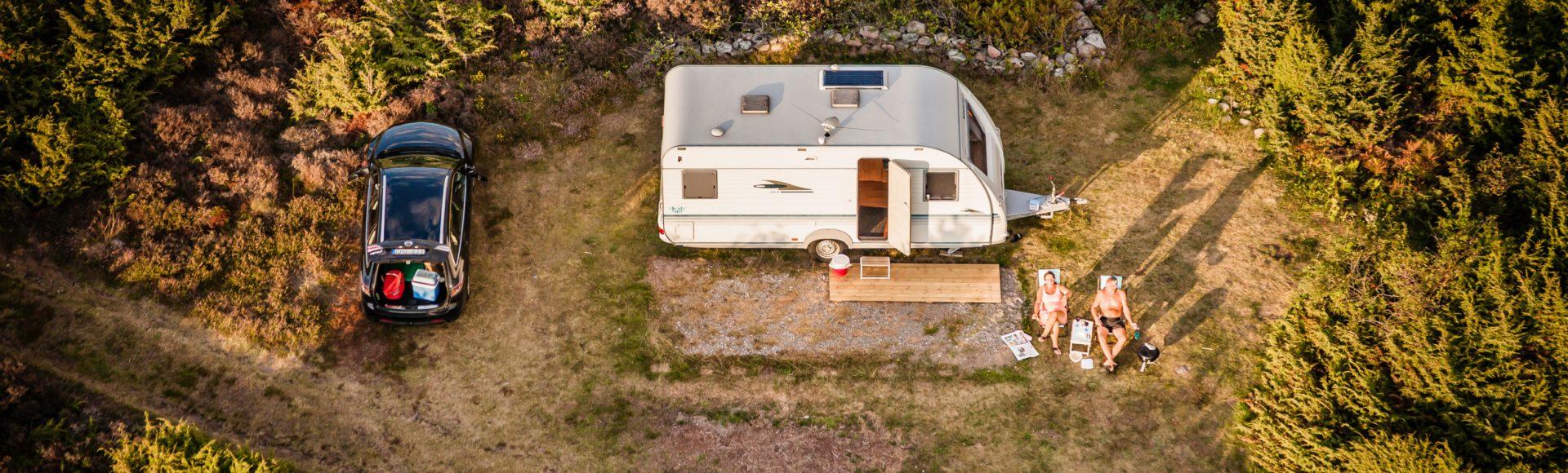 Regels voor reizen en overnachten met een caravan of camper in Zweden